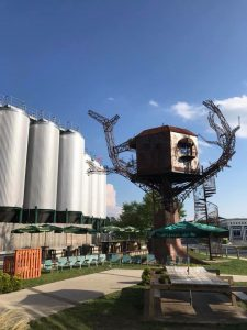 Dogfish Head Brewery Exterior